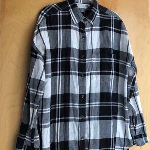 Old Navy The Boyfriend Shirt black plaid size L